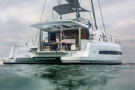 Explore Italy onboard this elegant 43' catamaran