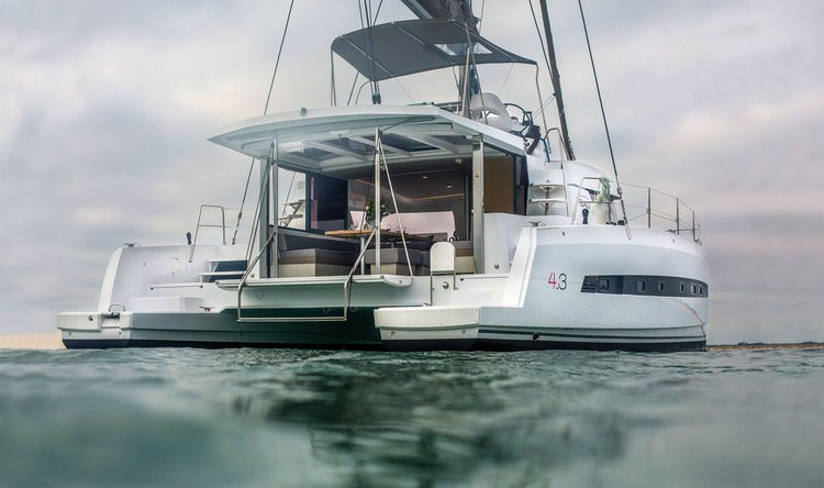 Boat for rent Bali 43.0 feet in St. George'S,