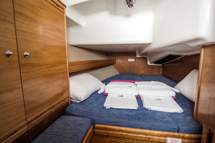 Discover Ionian Islands surroundings on this Cruiser 37 Bavaria boat