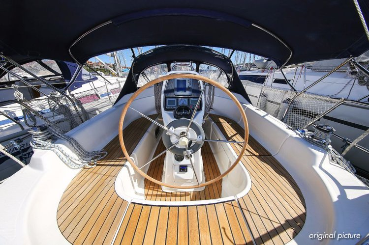 Discover Istra surroundings on this Bavaria 30 Cruiser Bavaria Yachtbau boat