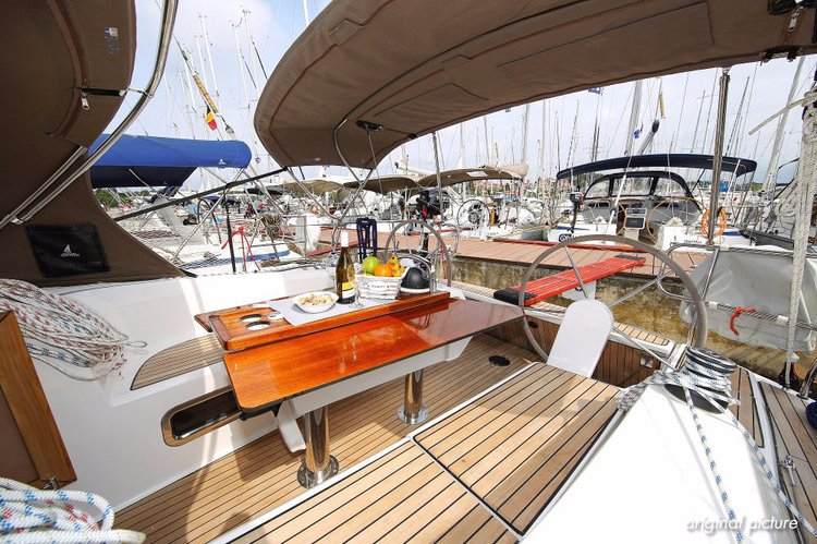 Discover Istra surroundings on this Bavaria Cruiser 34 Bavaria Yachtbau boat