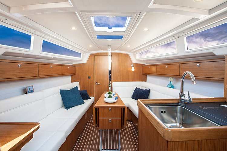 Discover Liguria surroundings on this Bavaria Cruiser 33 Bavaria Yachtbau boat