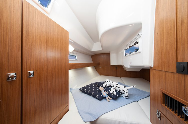 Bavaria Yachtbau's 32.0 feet in Liguria