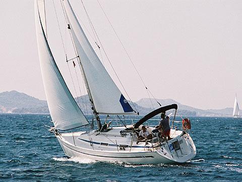 Bavaria Yachtbau's 33.0 feet in Cyclades