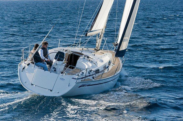 Discover Šibenik region surroundings on this Bavaria 34 Cruiser Bavaria Yachtbau boat