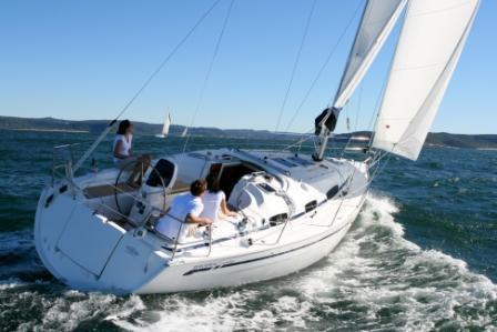 Discover Šibenik region surroundings on this Bavaria 34 Bavaria Yachtbau boat
