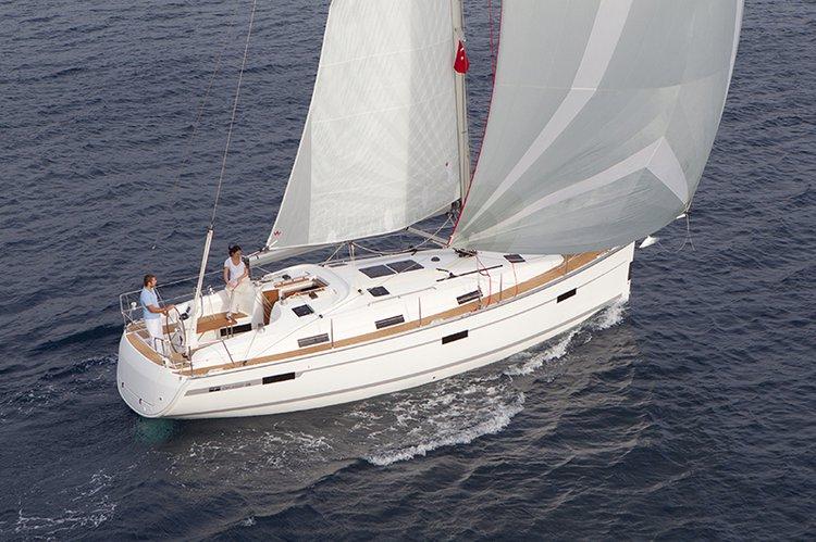 Bavaria Yachtbau's 37.0 feet in Malta Xlokk