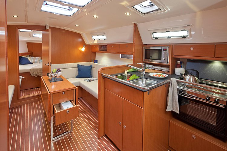 Discover Šibenik region surroundings on this Bavaria Cruiser 36 Bavaria Yachtbau boat