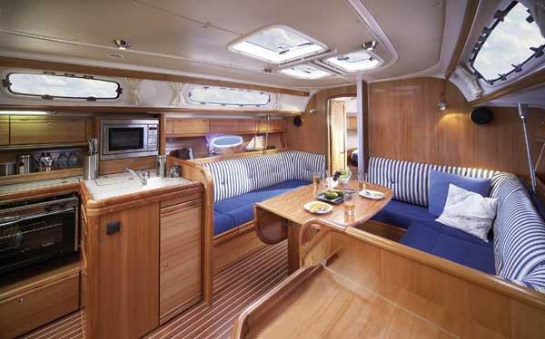 Discover Šibenik region surroundings on this Bavaria 38 Cruiser Bavaria Yachtbau boat