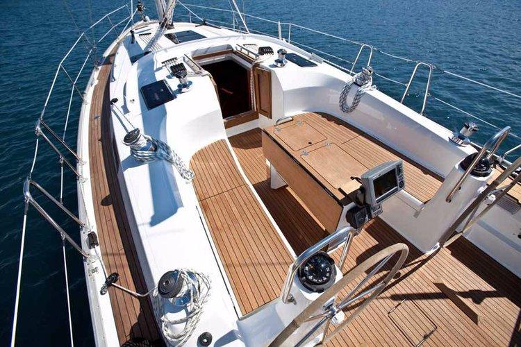 Discover Sicily surroundings on this Bavaria Cruiser 40 Bavaria Yachtbau boat