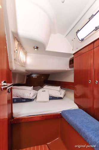 Discover Zadar region surroundings on this Bavaria 38 Bavaria Yachtbau boat