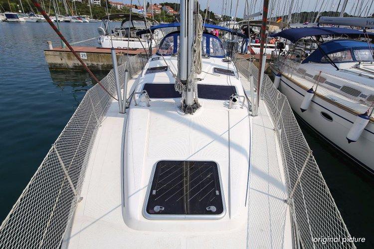 This 41.0' Bavaria Yachtbau cand take up to 7 passengers around Istra