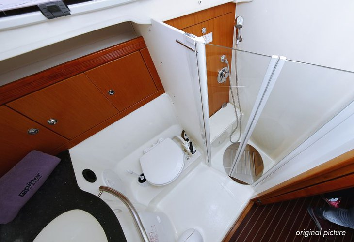 Discover  surroundings on this Bavaria 43 Cruiser Bavaria Yachtbau boat