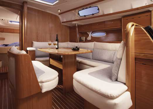 This 42.0' Bavaria Yachtbau cand take up to 7 passengers around Ionian Islands