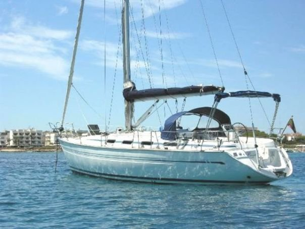 Jump aboard this beautiful Bavaria Yachtbau Bavaria 42