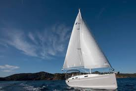 Discover Cyclades surroundings on this Bavaria Cruiser 45 Bavaria Yachtbau boat