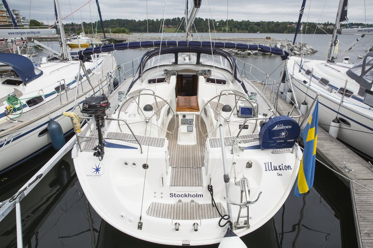 This 47.0' Bavaria Yachtbau cand take up to 10 passengers around Stockholm County