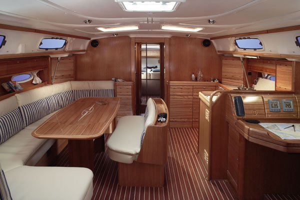 This 51.0' Bavaria Yachtbau cand take up to 10 passengers around Cyclades
