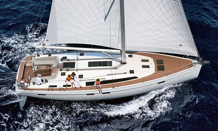 This 49.0' Bavaria Yachtbau cand take up to 12 passengers around Saronic Gulf