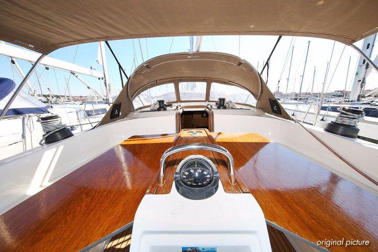 This 51.0' Bavaria Yachtbau cand take up to 8 passengers around Zadar region
