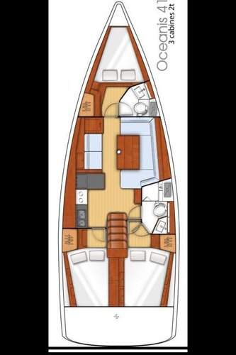 This 40.0' Bénéteau cand take up to 8 passengers around Corsica