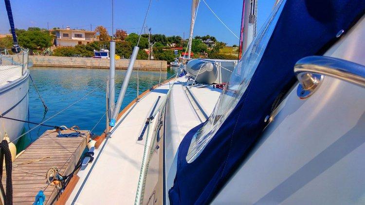 Bénéteau's 45.0 feet in Cyclades