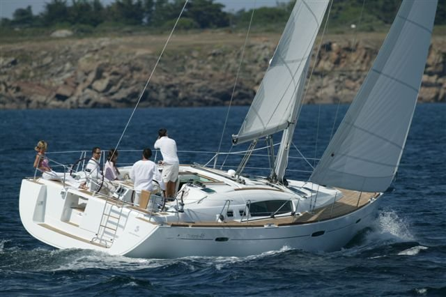 Take this Bénéteau Oceanis 46 for a spin !