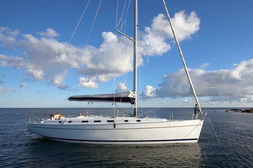 Bénéteau's 51.0 feet in Saronic Gulf
