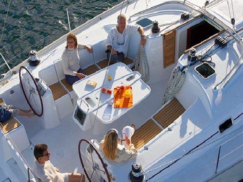 Discover Šibenik region surroundings on this Cyclades 50.5 Bénéteau boat