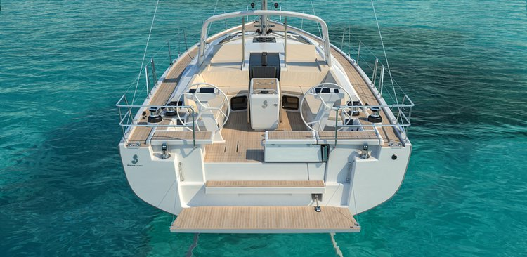 This 52.0' Bénéteau cand take up to 10 passengers around Saronic Gulf