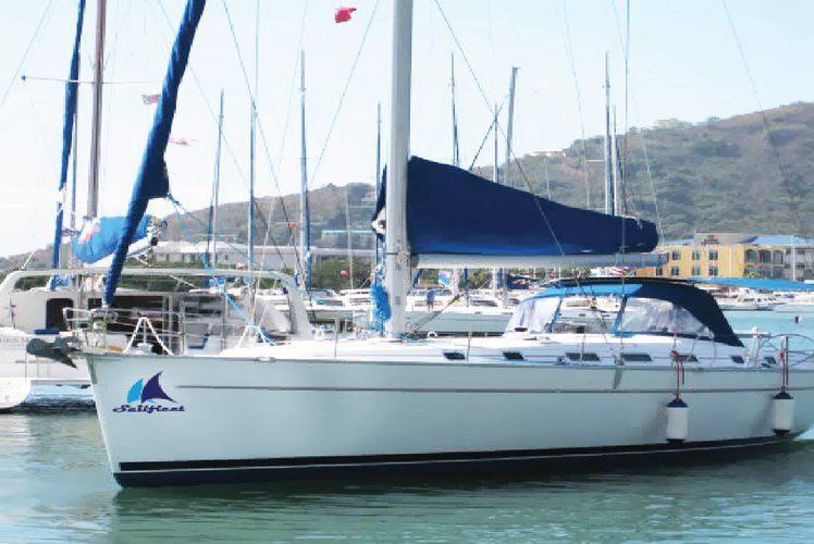 Boat for rent Beneteau Cyclades 43.5 feet in gumbet marina,