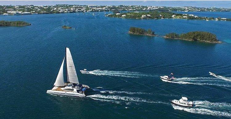 Catamaran boat rental in Warwick, Bermuda