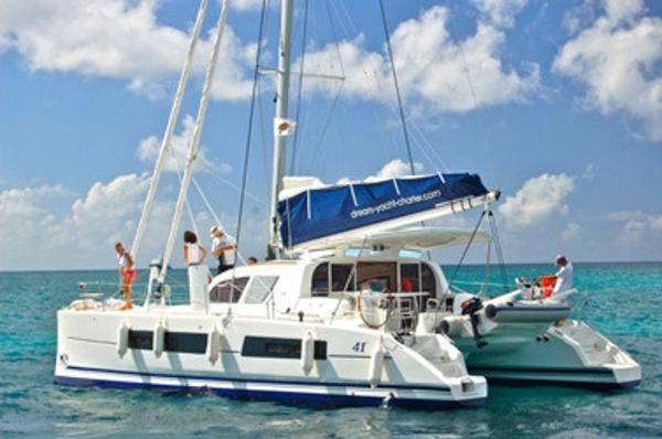 Up to 8 persons can enjoy a ride on this Catamaran boat
