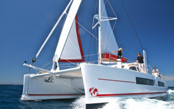 Catamaran boat rental in Blue Lagoon,