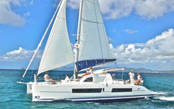 Discover St. George'S surroundings on this Carbon Infusion Catana boat