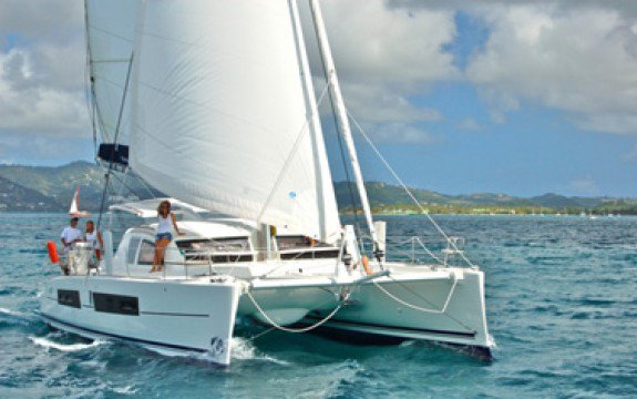 Discover St. George'S surroundings on this Custom Catana boat