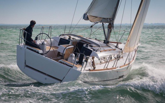Boat for rent Dufour 35.0 feet in Palma, Illes Balears, Spain