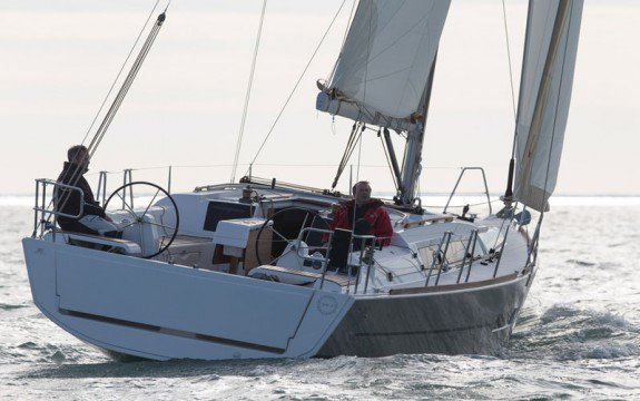Dufour boat for rent in Saint-Mandrier-Sur-Mer