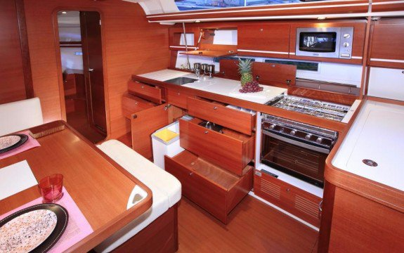 Dufour boat for rent in Saint-Mandrier-Sur-Mer,