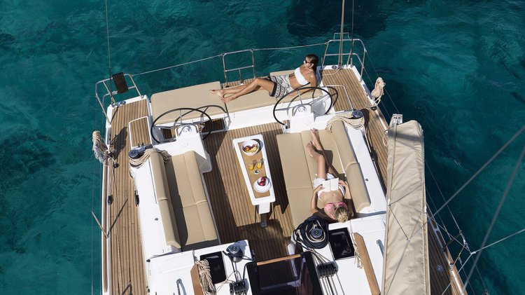 Discover Le Marin surroundings on this Grand Large Liberty Dufour boat