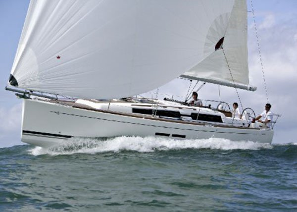 Beautiful Dufour Yachts ideal for sailing and fun in the sun!