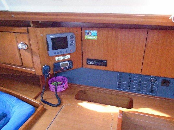 Boat for rent Dufour Yachts 38.0 feet in Marina Tehnomont Veruda, Pula,