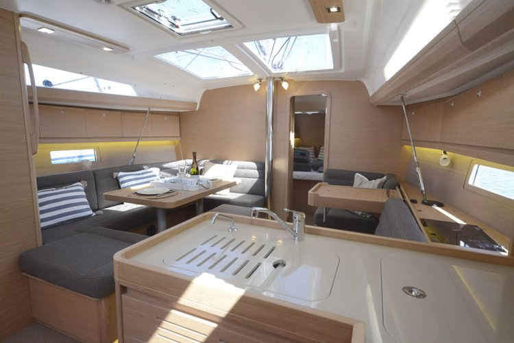 Boat for rent Dufour Yachts 41.0 feet in Lefkas, Marina Lefkas,