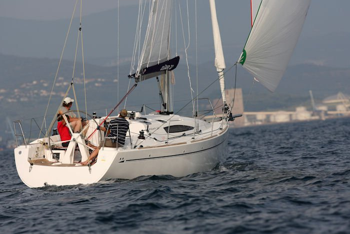 Discover Zadar region surroundings on this Elan 340 Elan Marine boat
