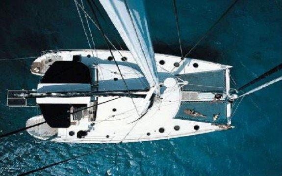 Discover Le Marin surroundings on this 60 Eleuthera boat