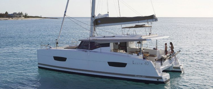 Jump aboard this beautiful Fountaine Pajot