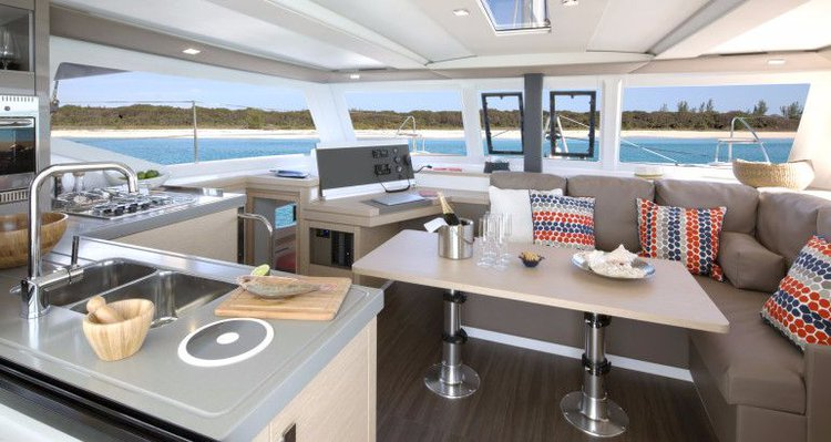 Fountaine Pajot's 38.0 feet in Split region