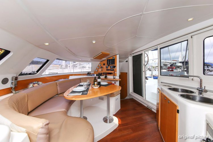 Fountaine Pajot's 39.0 feet in Istra