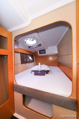 Fountaine Pajot's 39.0 feet in Split region