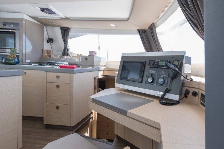 Discover Le Marin surroundings on this Saona 47 Fountaine Pajot boat
